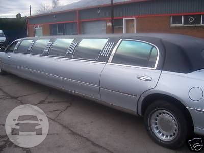 LINCOLN STRETCH LIMOUSINE (SILVER) Limo  / Stansted CM24 8JT, UK   / Hourly £0.00