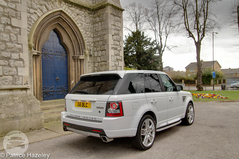 Range Rover Sport (X3 in White) Sedan  / Longford, UK   / Hourly £0.00