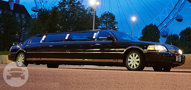 Stretch Limo Limo / Ilford, UK   / Hourly £0.00