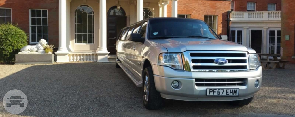 FORD EXPEDITION SUV LIMO Limo / Harlow, UK   / Hourly £0.00