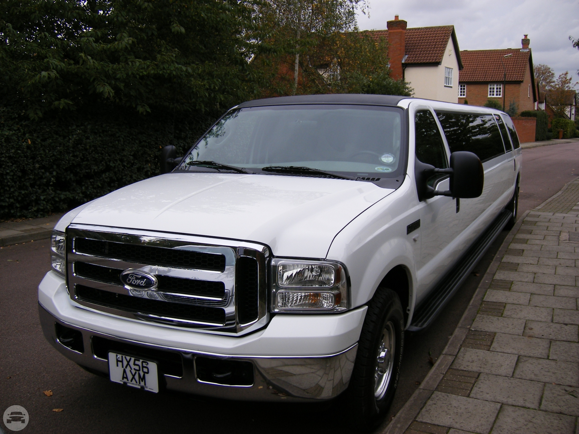 White Excursion Limousine Limo  / Stansted CM24 8JT, UK   / Hourly £0.00