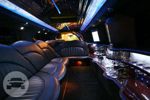 EXCURSION (HOT PINK) Limo  / Luton, UK   / Hourly £0.00