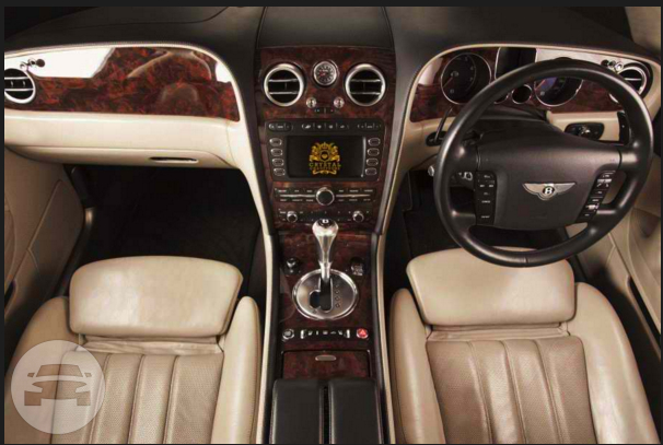 White Bentley Continental Flying Spur Sedan / Luton, UK   / Hourly £0.00